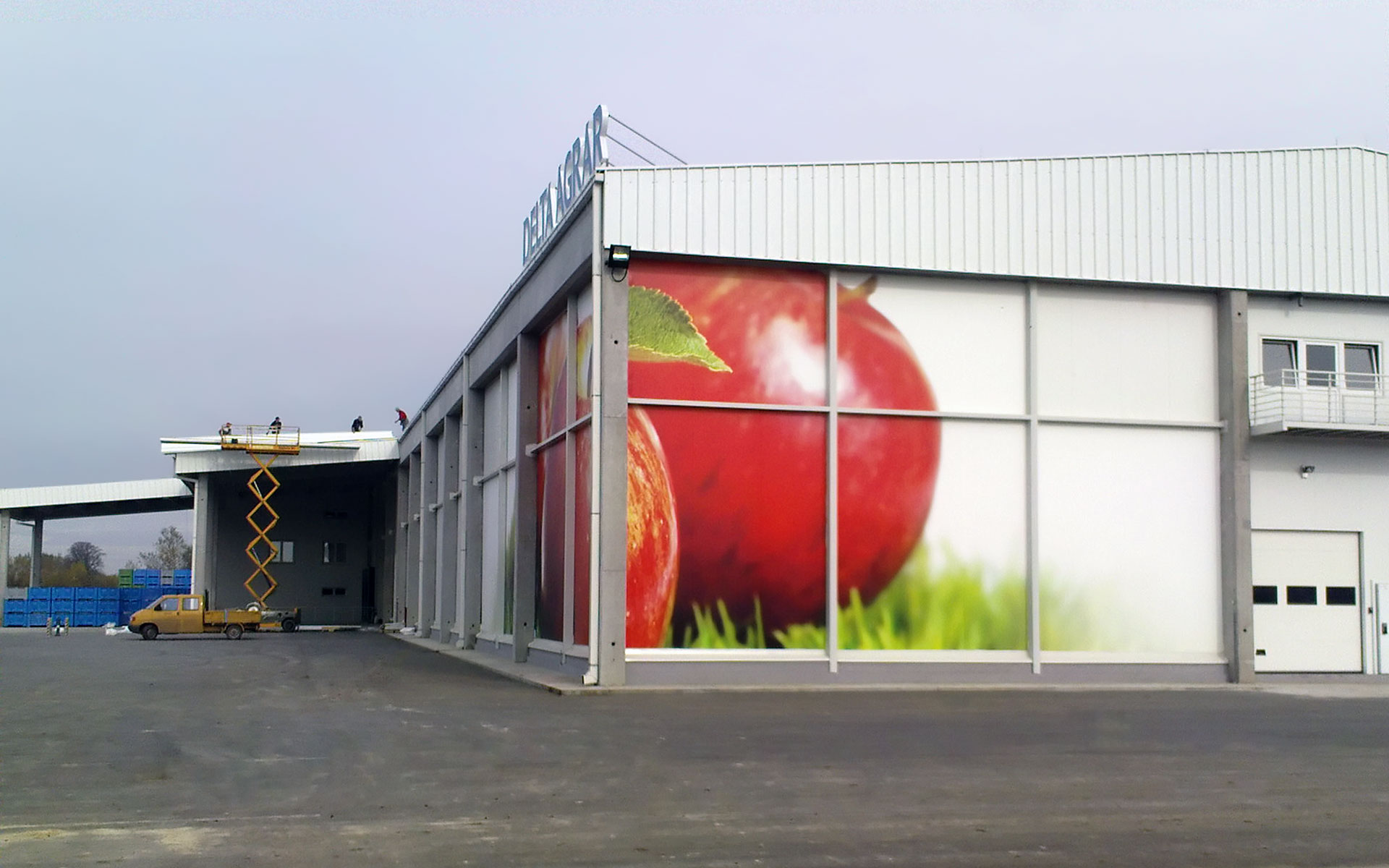 Cold storage for apples in u201cULOu201d technology. ?elarevo SERBIA & Cold storage for apples u2013 MBBMING